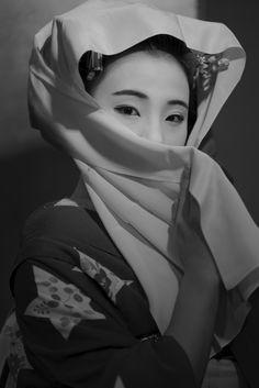 maiko 舞妓 Gion Kobu 祇園甲部 Marika 茉利佳 KYOTO JAPAN