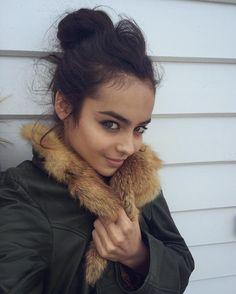 """- Amina Ibrag (@aminaibragg) on Instagram: """"Prettay chillay in my fav jacket. Schools in less than a week y'all whose keen #iam"""""""