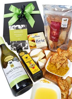 Wine & Cheese Giftbox for the Foodies…