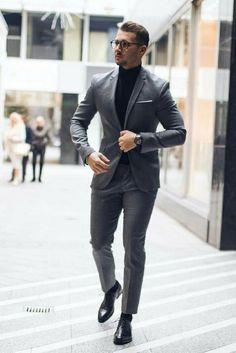 9 Everyday Mens Street Style Looks To Help You Look Sharp - Men's style, accessories, mens fashion trends 2020 Formal Men Outfit, Formal Suits, Men Formal, Formal Wear, Mens Fashion Blog, Mens Fashion Suits, Mens Suits, Men's Fashion, Fashion Menswear