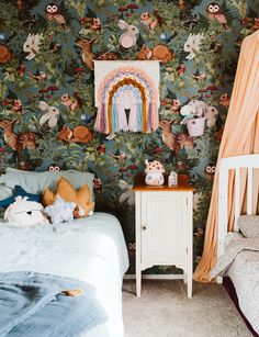 This children's bedroom features an animal-filled Jimmy Cricket 'Woodlands' wallpaper from Concrete Blush. Photography by: The Virtue. Lego Bedroom, Kids Bedroom, Kids Rooms, Room Kids, Boy Rooms, Minecraft Bedroom, Small Bedrooms, Maximize Space, Boy Decor
