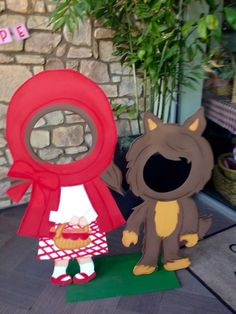 3rd Birthday Parties, 2nd Birthday, Aries Birthday, Red Riding Hood Party, Little Red Ridding Hood, Diy And Crafts, Crafts For Kids, Red Party, Woodland Party