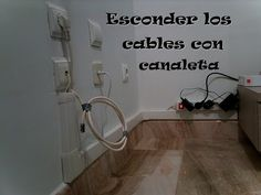 Ocultar los cables con una canaleta / Hide wires with a gutter - YouTube