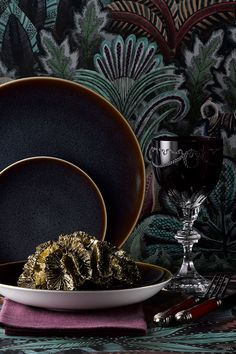 Royal Crown Derby's Art Glaze Collection from Royal Crown Derby have been created to meet consumers' aspirations for the very best luxury casual tableware, which is attainable and functional, as well as being high quality and highly desirable.