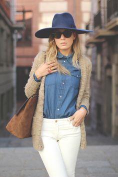 Zara jeans & hat, Vila shirt, Springfield cardigan, Georgia Rose bag, Ray-Ban sunglasses.