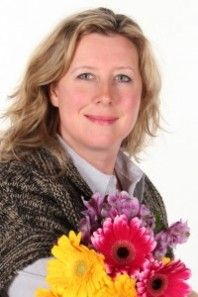 Interview with Natasha Etherington ~ Meet Natasha Etherington, a horticultural therapist wrote Gardening for Children with Autism Spectrum Disorders and Special Educational Needs – Engaging with Nature to Combat Anxiety, Promote Sensory Integration and Build Social Skills. Check interview >>