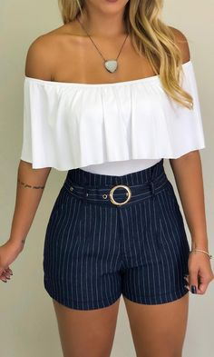 Source by amugrtegui juvenil femenina moda Summer School Outfits, Trendy Summer Outfits, Cute Casual Outfits, Short Outfits, New Outfits, Fashion Outfits, Elegante Shorts Outfit, Cute Fashion, Clothes For Women