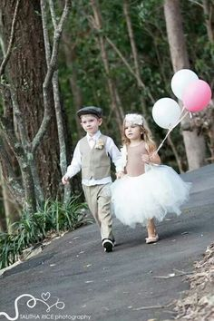 Page boy and flower girl with grey and pink balloons Wedding 2017, Our Wedding Day, Bridal Entourage, Pink Balloons, Page Boy, Flower Girl Dresses, Flower Girls, Guys And Girls, Wedding Bridesmaids