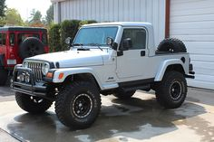 Jeep Wrangler Off Road, Jeep Wrangler Unlimited, Jeep Truck, Jeep Jeep, Jeep Tops, Jeep Wrangler Accessories, Jeep Parts, Custom Trucks, Sport