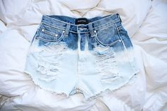 WOLFCUB I How to Bleach Shorts DIY