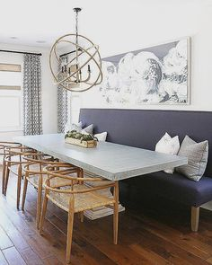 Upholstered banquette | Bench