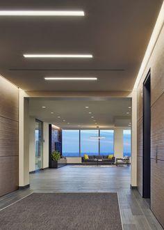 axis-reinsurance-office-design-2