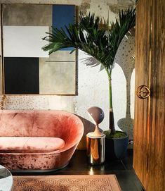 """984 Likes, 26 Comments - Oliver Thomas Interiors (@oliverthomasesq) on Instagram: """"Peach isn't just for your walls, I mean who count resist this gorgeous Peach velvet sofa?…"""""""