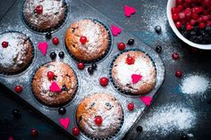 Jogurtové muffiny s rybízem | Recepty.Blesk.cz Food And Drink, Breakfast, Cupcake, Morning Coffee, Cupcakes, Cupcake Cakes, Cup Cakes, Morning Breakfast, Teacup Cake