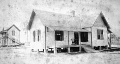 Philip Isaacs home : Oviedo, Florida, 1894.  Florida Photographic Collection.