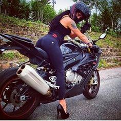 #babe #chick #motor #motorcycle #biker #girl