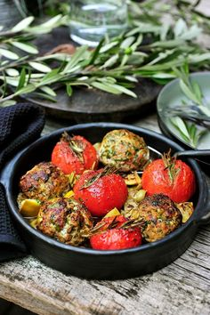 Olives with minced meat and tomatoes Pascale Naessens - Pureed Food Recipes, Meat Recipes, Cooking Recipes, Healthy Recipes, Easy Cooking, Healthy Cooking, Healthy Eating, I Want Food, Love Food
