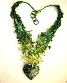 Green jewelry Green necklace Beaded jewelry Necklace with