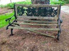 Garden Bench renovation http://goodstuffathome.com/wooden-garden-bench.html