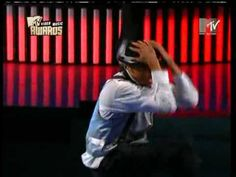 Chris Brown slow grinding & dancing with crew christmas challenge - YouTube