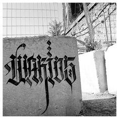 Warios (@warios1) bringing calligraphy styles to stone.  #warios #handstyle #graffiti //follow @handstyler on Instagram