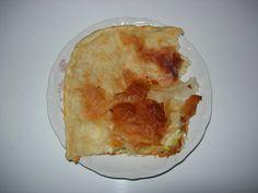 Burek a pita - balkánské speciality Kefir, Food And Drink, Bread, Desserts, Tailgate Desserts, Deserts, Breads, Dessert, Baking