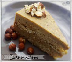 Ciasto z orzechami laskowymi.
