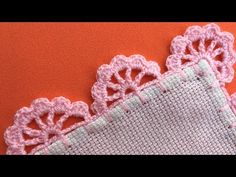 ORILLA O PUNTILLA A CROCHET UNA SOLA VUELTA || ORILLA TEJIDA PARA SERVILLETA FACIL - YouTube Crochet Edging Patterns, Crochet Lace Edging, Filet Crochet, Crochet Baby Shoes, Chrochet, Crochet Necklace, Blackwork, Embroidery, Beads