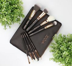 Rosy Disposition: Zoeva Rose Golden Luxury Brush Set Review