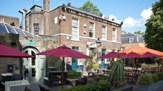 In the heart of Clapham Common, The Windmill On The Common offers a traditional pub and boutique hotel accommodation with free parking and free WiFi. South London, West London, Time In England, Boutique Hotel Room, Clapham Common, Best Pubs, London Pictures, London Places, Tower Of London