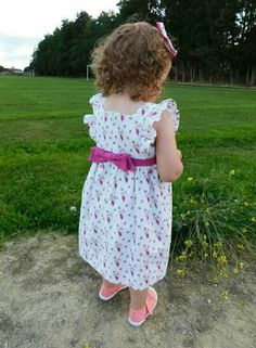 Dress I made for my granddaughter Girls Dresses, Flower Girl Dresses, Summer Dresses, Wedding Dresses, Crafts, Inspiration, Fashion, Dresses Of Girls, Summer Sundresses