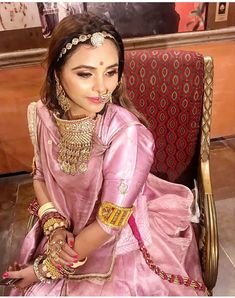 Shivani Rathore 💫 – About Clothing Trend Rajasthani Bride, Rajasthani Dress, Indian Bridal Outfits, Indian Bridal Fashion, Rajput Jewellery, Navratri Dress, Rajputi Dress, Indian Designer Suits, Embroidery Suits Design