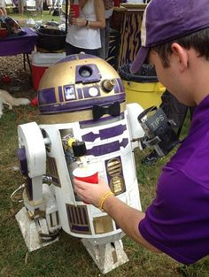 winstonwolfe:  thescore:  This LSU R2D2 Keg is absolutely amazing.  Son of a… As a Lakers fan and NYU Alumni..I hereby claim this droid.