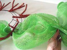 wide-foil-wreath-second-pouf1