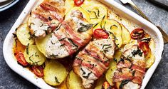 Tuscan Potatoes and Pork Loin Steak with Pancetta Pork Loin Steak Recipes, Healthy Steak Recipes, Pork Recipes, Cooking Recipes, Quick Recipes, Pork Steaks, Vegetarian Recipes, Oven Recipes, Healthy Recipes