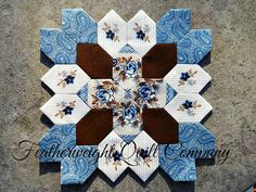 Just love Jan Manley's kits for these beautiful blocks.  This is a fun and pretty block. I do consider this a beginner block! This listing is for the FABRIC and 25 - 1 honeycomb paper pieces to