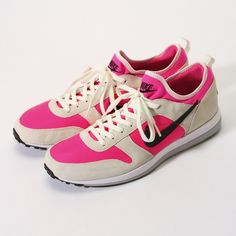 Nike Archive 75: Pink