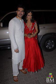 Oneof the hotttest couplein bollywood ! #Bollywood #Weddingplz #Wedding #Bride #Groom #love #Fashion #IndianWedding  #Beautiful #Style
