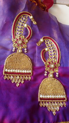 Best Blouse Designs, Simple Blouse Designs, Stylish Blouse Design, Bridal Blouse Designs, Blouse Neck Designs, Choli Blouse Design, Hand Work Blouse Design, Diy Clothes And Shoes, Maggam Work Designs