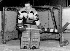 Frank Brimsek - USA Born Goalie inducted into the HHOF. HockeyGods strives to untie hockey fans from across the globe covering all types of hockey imaginable. Hockey Goalie, Hockey Games, Ice Hockey, Nhl, Hockey Pictures, Boston Bruins Hockey, Maximum Effort, Boston Sports, Old School
