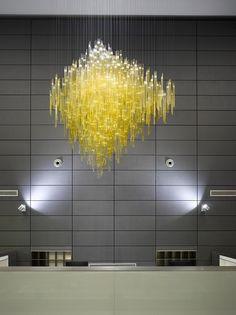 Florentinum - Lasvit! #lamp #suspension #luxury see more at http://memoir.pt/