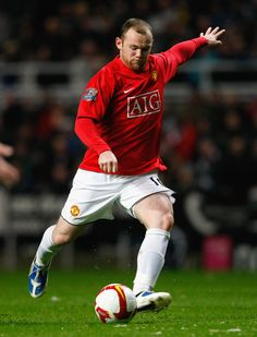 """Considered one of the """"bad boys"""" in world football, Wayne Rooney brought attention upon himself at a very young age. Since then, he managed to turn himself in England's best footballer in the last years Manchester United Images, Manchester United Legends, Manchester United Football, Manchester Uk, Wayne Rooney, Fifa, Match Of The Day, Most Popular Sports, Sports Fanatics"""