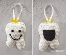10 Crochet Patterns for Tooth Fairy Pillows, Pouches and Pockets: Hanging Tooth Fairy Crochet Pillow
