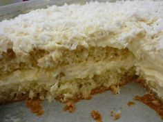 bolo-gelado-de-abacaxi-com-coco