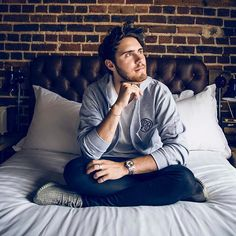 Day 2 Favourite Male YouTuber... Alfie Deyes