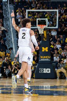 Jordan Poole Michigan Athletics, Michigan Wolverines, College Basketball, Basketball Players, Michigan Go Blue, Wwe Roman Reigns, Michael Jordan, My Boyfriend, Nba