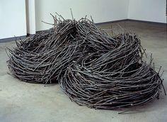 Criadas por John Bisbee, essas esculturas de provam que o artista pode criar quase qualquer coisa, utilizado apenas  pregos como estrutura.
