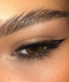 """Untitled History of eye makeup """"Eye care"""", in other words, """"eye make-up"""" is definitely a Makeup Goals, Makeup Inspo, Makeup Art, Makeup Inspiration, Makeup Tips, Makeup Style, Makeup Ideas, Makeup Products, Style Inspiration"""