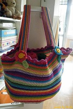 We made this bag it is awesome! We made it a bit thinner, but other then that, Im in love with it!