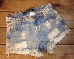 Roupas destroids  são tudo de bom pois deixa o look mais estiloso e descolado  #Short #calça #destroid  #brechocamarimtododianovidade  #brecho .
